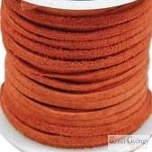 Vörösbarna - 50 centiméter - 3 mm széles, valódi, hasított bőrszál