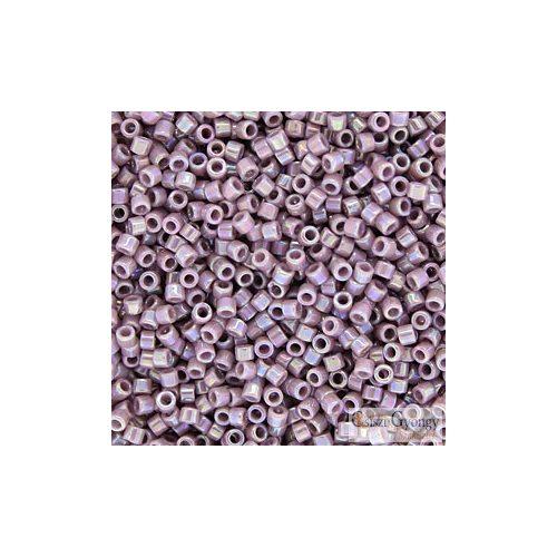 0158 - Opaque Rainbow Lilac - 5 g - 11/0 delica gyöngy