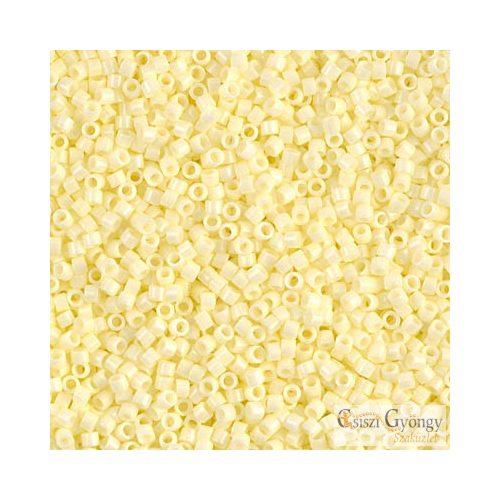 1491 - Opaque Palle Yellow - 5 g - 11/0 Miyuki Delica gyöngy