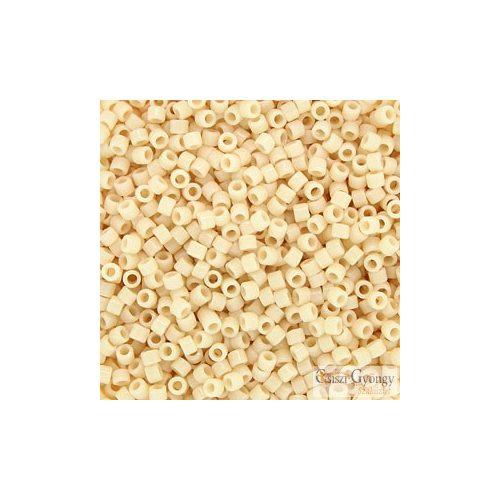 0157 - Opaque Cream - 5 g - 11/0 Miyuki Delica gyöngy
