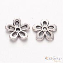 Virág alakú gyöngykupak - 1 db - ezüst színű, mérete: 11x3 mm