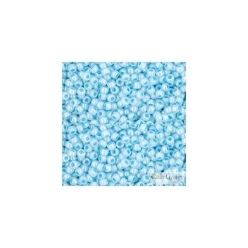 Opaque Luster Pale Blue - 10 g - 11/0 Toho japán kásagyöngy (124)