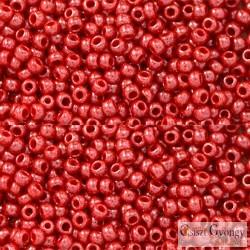 Opaque Luster Cherry - 10 g - 11/0 Toho japán kásagyöngy (125)