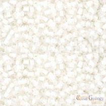 I.C. Crystal Snow Lined - 10 g - 11/0 Toho Seed Beads (981)
