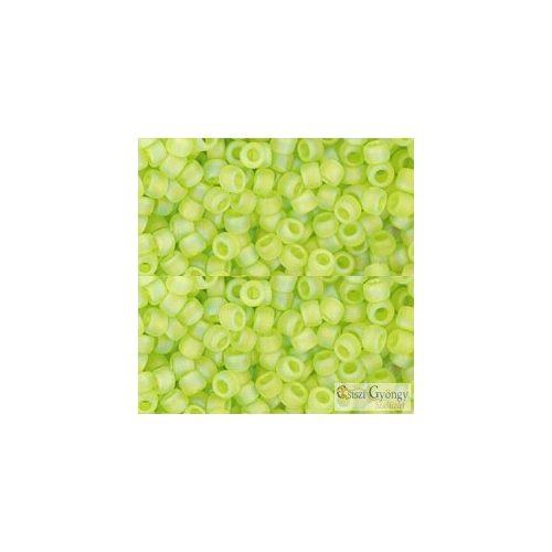 Transp Rainbow Frost. Lime Green - 10 g - 8/0 Toho japán kásagyöngy (164F)