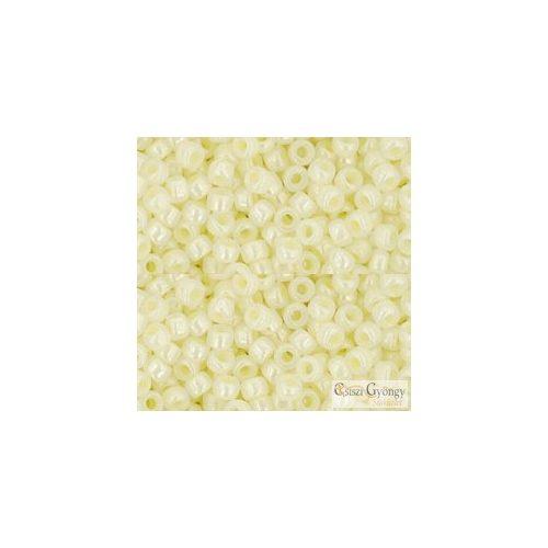 Ceylon Banana Cream - 10 g - 8/0 Toho japán kásagyöngy (142)